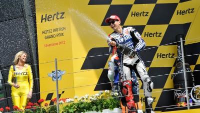Lorenzo gelingt Strike in Silverstone
