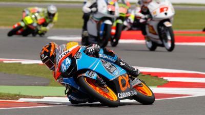 Oliveira termina estreia em Silverstone com 10º lugar
