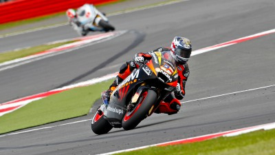 Edwards close to the points at Silverstone