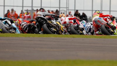 Márquez in the lead as Moto2™ descends on Assen