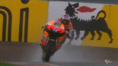Stoner logra la pole en Sachsenring bajo un aguacero