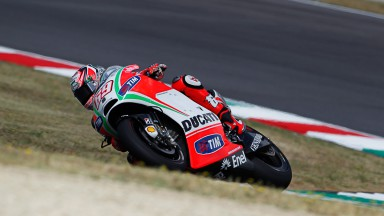 Hayden third for Ducati, Rossi in ninth