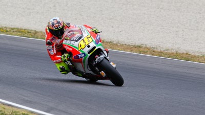 Rossi and Hayden close to podium at Italian GP