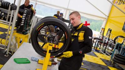 Dunlop testet Moto2™-Reifen für 2013