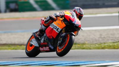 Stoner critica el paso de Rossi a Yamaha