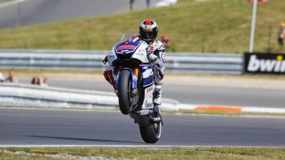 Yamaha no ritmo apesar das quedas em Brno