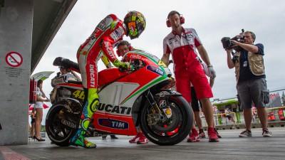 Rossi inicia un test de dos días en Misano con el Ducati Team