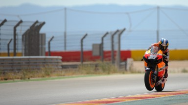 Pedrosa sets the benchmark on day one at Aragón test