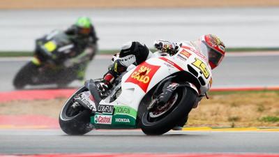 Gresini pair battle with wet weather at Aragón