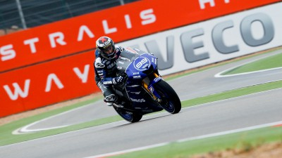 Lorenzo steals pole in Aragón thriller