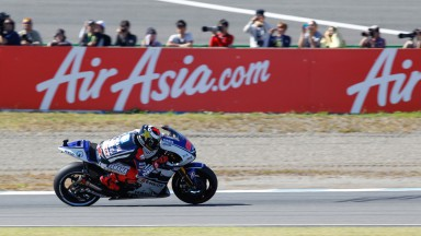 Lorenzo scores 50th career pole in Motegi