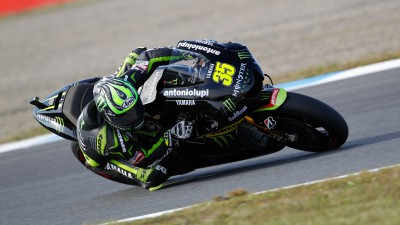 Crutchlow secures front row in Motegi
