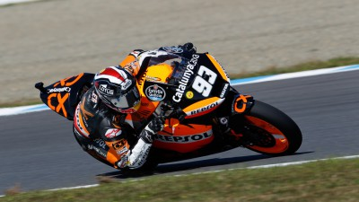 Márquez storms to stunning win in Motegi comeback