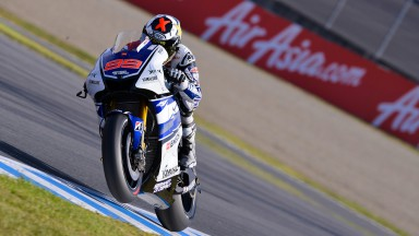 Lorenzo scores second in Motegi