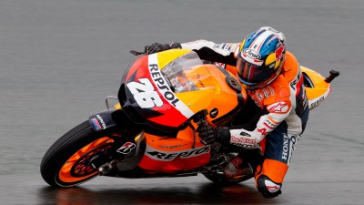 Pedrosa brings title within reach in thrilling rain-hit Malaysia race