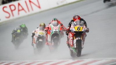 Bradl out of luck in wet Sepang