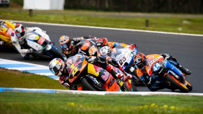 Salom and Viñales in Spanish tussle as Moto3™ hits Valencia