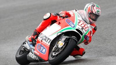 Hayden tops wet first practice at Valencian GP