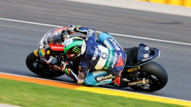 Espargaró takes season pole-position honours in Valencia