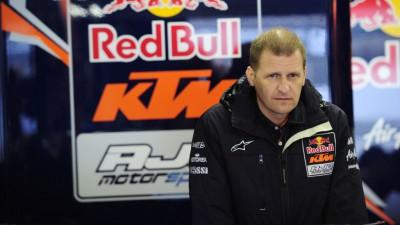 KTM y Aki Ajo sellan oficialmente su acuerdo para 2013 en Moto3™