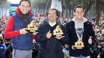 Mediaset MotoGP, Pons y Espargaró recogieron sus Pingüinos de Oro