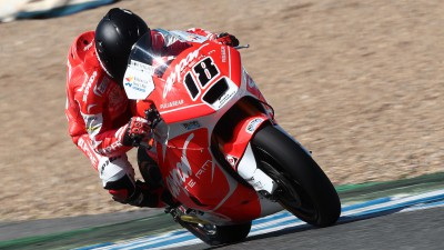 Terol leads in damp conditions on final day in Jerez