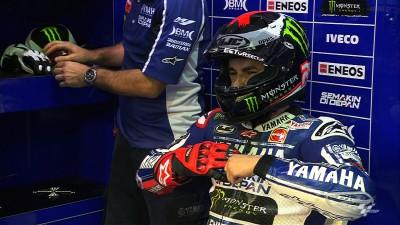 Lorenzo quickest in opening Qatar practice