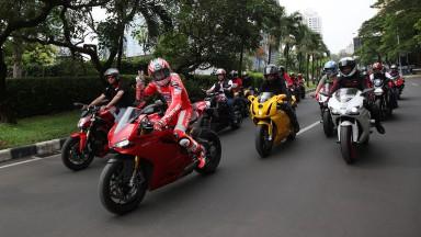 Hayden per le strade di Jakarta
