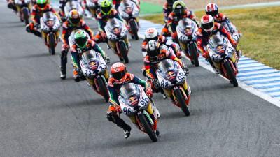 Martin bate Hanika na Corrida 1 da Red Bull MotoGP Rookies Cup