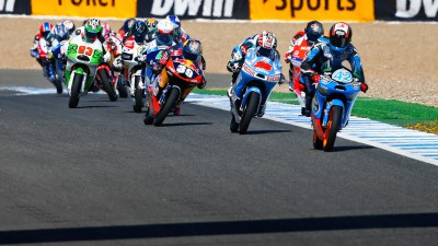 Viñales' lead to defend in France