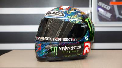 ロレンソ使用のヘルメットがオークションに出展