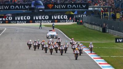 Red Bull MotoGP Rookies Cup: Hanika's victory as Manzi falls