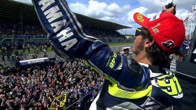 決勝レース:V.ロッシが2010年10月以来2年8ヶ月ぶりに優勝
