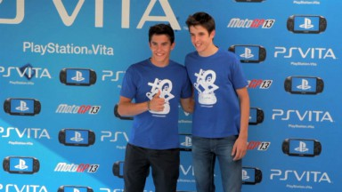 I fratelli Marquez a Madrid con PlayStation