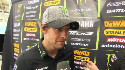 Crutchlow fifth after spectacular last lap