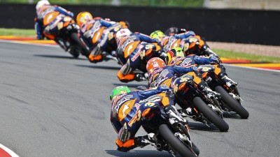Red Bull MotoGP Rookies Cup: Hanika leads heading home
