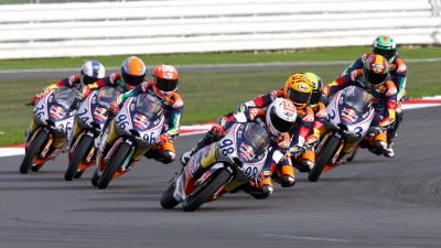 Red Bull MotoGP Rookies Cup: Hanika narrowly wins Race 1