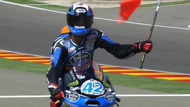 Rins gana en Aragón y aprieta la lucha por el campeonato