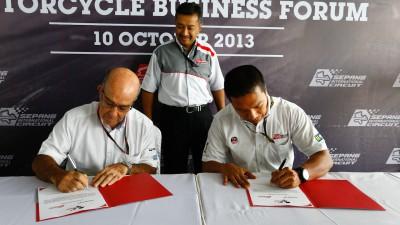 Sepang renews MotoGP™ deal until 2016