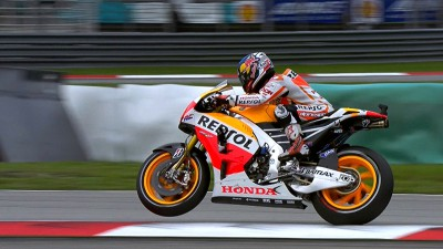 Pedrosa maintains top spot at Sepang