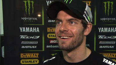 Crutchlow overcomes pain to make strong start