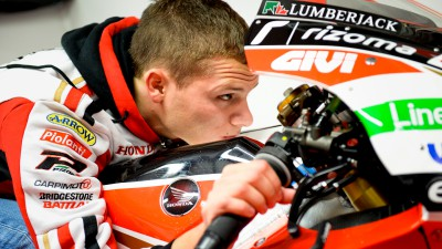 Bradl declared fit for opening practice