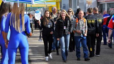 El GP de Valencia se dota con nuevos servicios para los aficionados