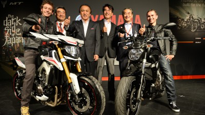Lorenzo and Rossi present new Yamaha in Italy