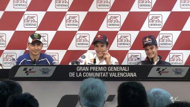 Márquez na pole com recorde antes da decisão de Valência