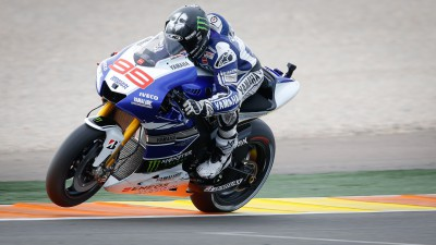 Lorenzo from title rival Marquez in Warm-Up