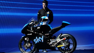 El Sky Racing Team by VR46 se presenta en Italia