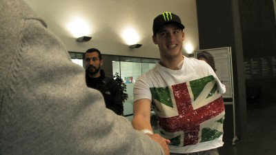 Pol Espargaro starts recovery from collarbone surgery
