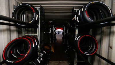 Bridgestone aumenta oferta de pneus frontais para pilotos de MotoGP™