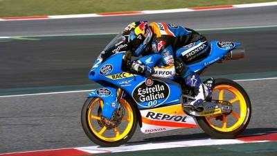 Márquez se estrena en la pole con un tiempo récord en Montmeló